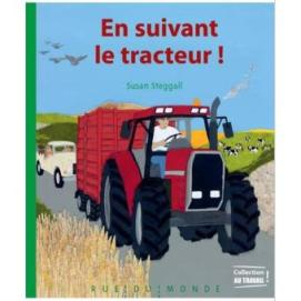 en suivant le tracteur